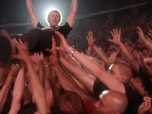 Green Day Crowd Surfing