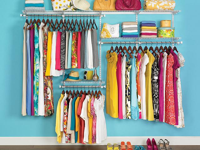 Rubbermaid Closet